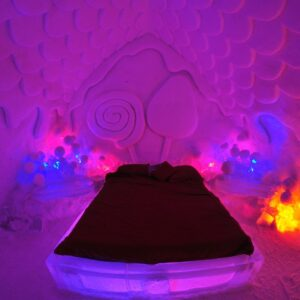 World's Most Unusual Hotels: De Glace Ice Hotel